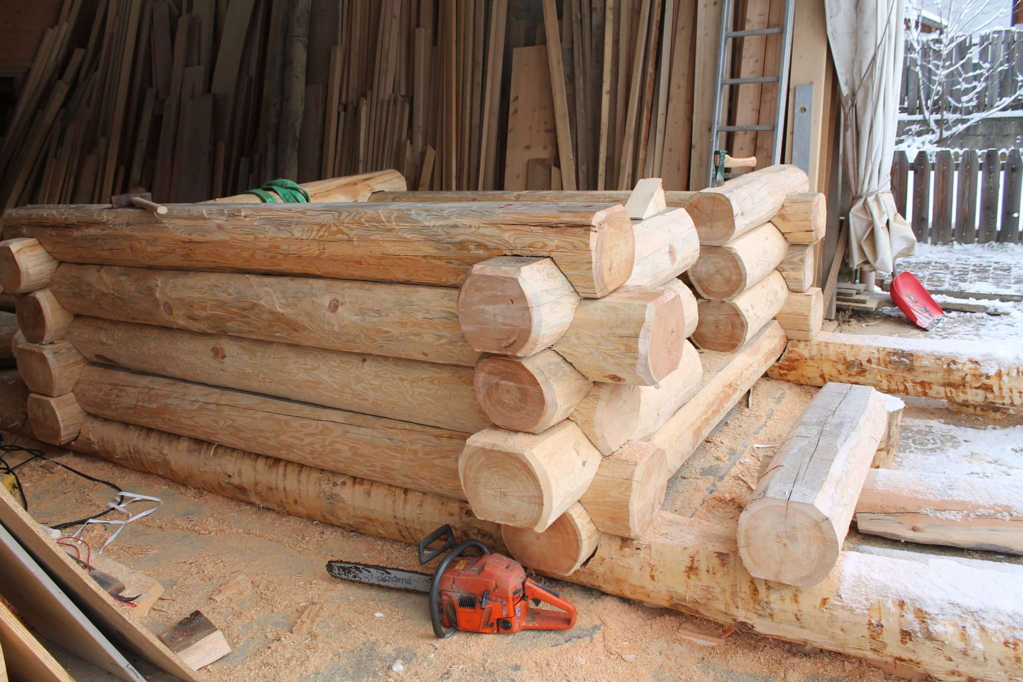Case Di Tronchi Di Legno : Realizzazione casetta in legno a tronchi case in legno e